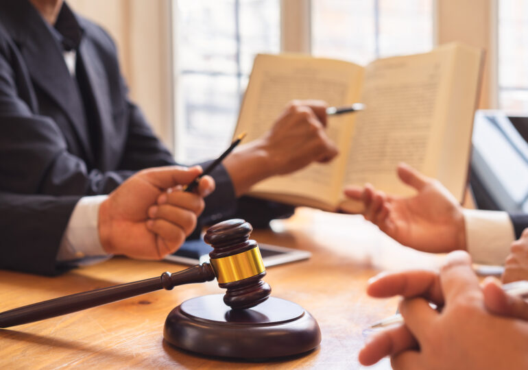 Mediation vs. Arbitration: What's the Difference?